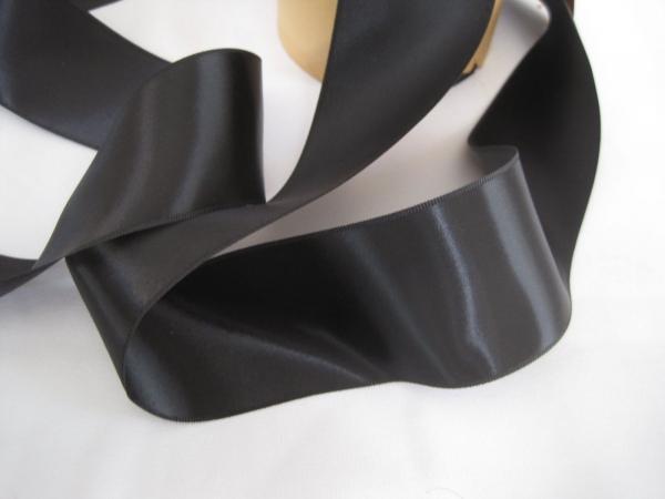 Black wide ribbon