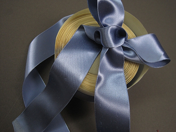 Vintage 30s blue satin bow ribbon