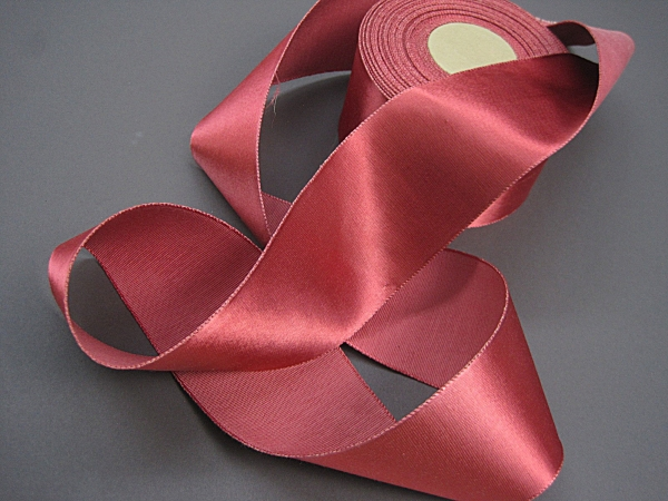 Gros grain satin finish rose ribbon