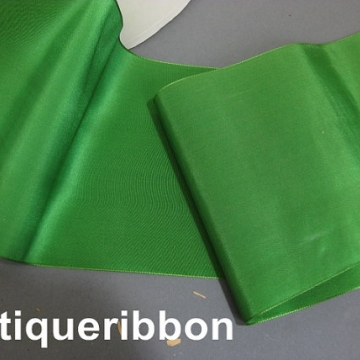 Vintage silk taffeta wide ribbon Edwardian era 5 7/8 in  W emerald green